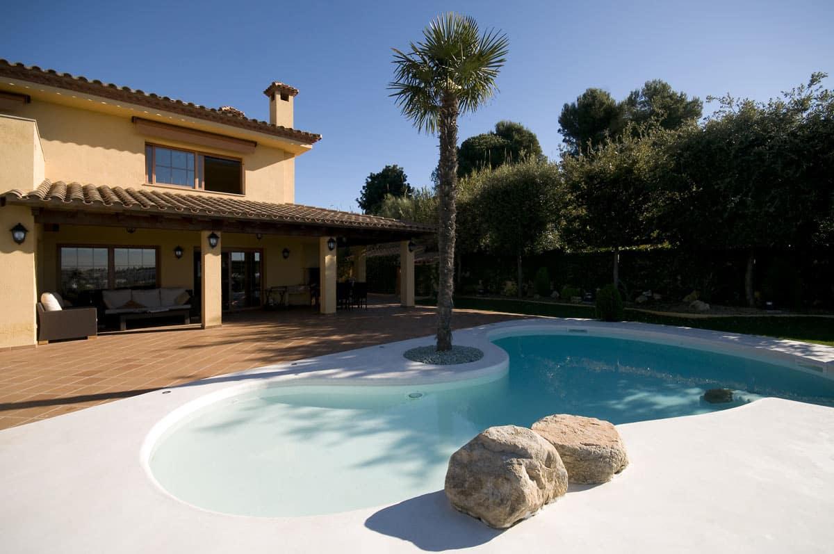 tswim-microcement-swimming-pools-exterior
